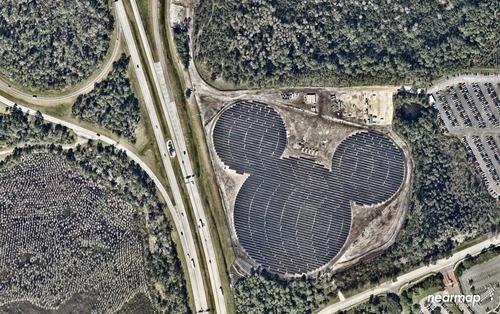 ディズニーワールドの太陽電池パネル01