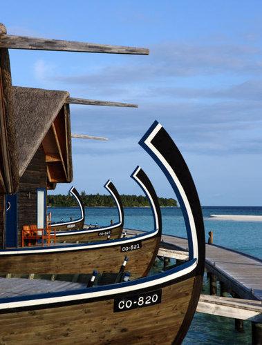 モルディブの小舟のようなホテル07