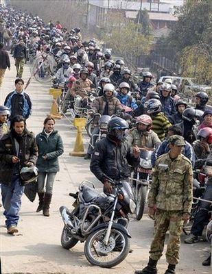 ネパールのガソリン不足03
