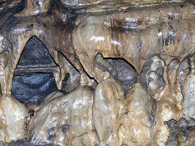 ホワイト・スカー洞窟03