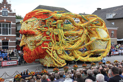 オランダのフラワーパレードとゴッホ02