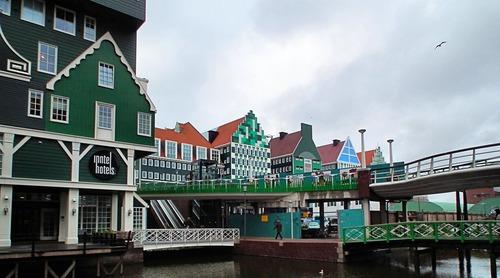 オランダのユニークな建物02