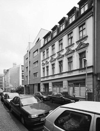東ドイツの10年の変化22