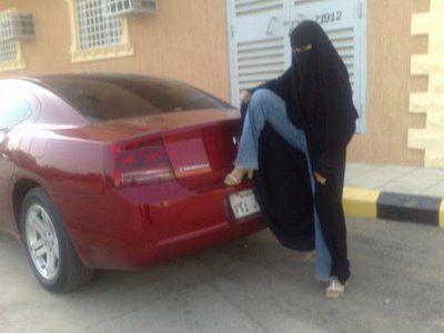 年頃の女の子の秘密…イスラム女性の場合04