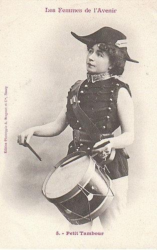 100年前に想像した未来の女性像05
