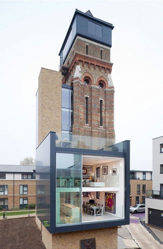 給水塔をリフォーム01