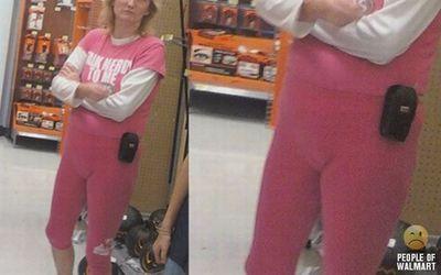 ピンクのぴちっ服