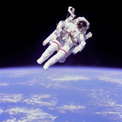 宇宙飛行士1