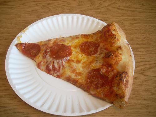 アメリカ:ピザ1ピース