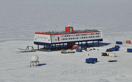南極基地07