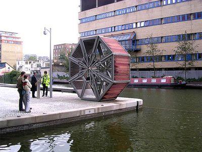 巻きたたみ式のロンドン橋01