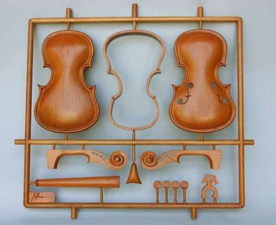 変わった形のバイオリン01