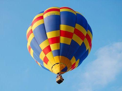 気球とIT技術者と経営者
