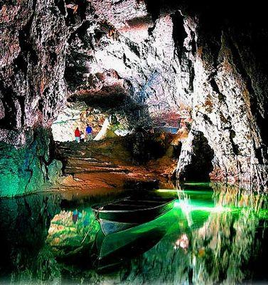 ウーキー・ホール洞窟02