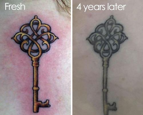 タトゥーの劣化07