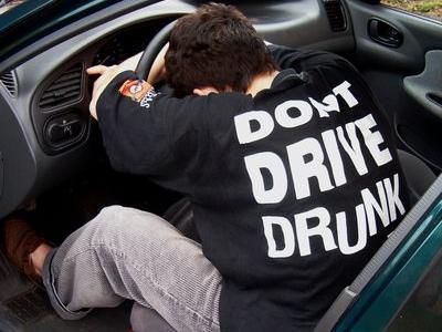 「母親が怖かった」飲酒運転で事故を起こした理由