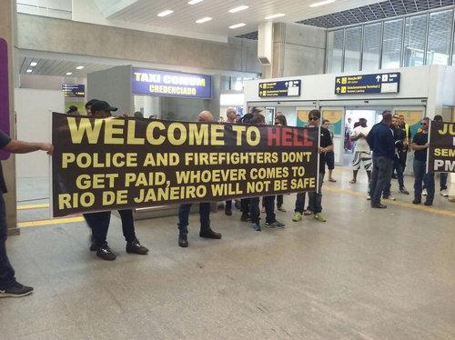 ブラジルの警察や消防士01