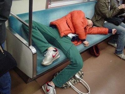 眠たい日本人08