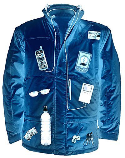 ポケットが52もあるジャケット01