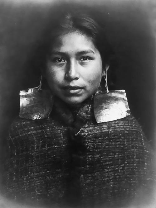 アメリカ先住民の女の子たち12