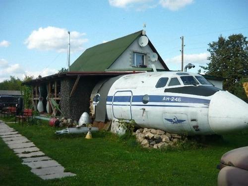 引退した飛行機の再利用00