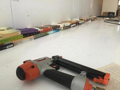 4000冊の古本でリビングをデザイン01