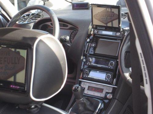車の内装01