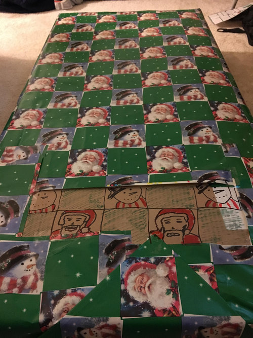 クリスマスの包装紙が足りないとき01