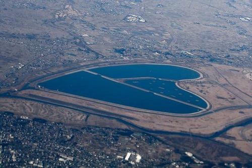 変わった湖11
