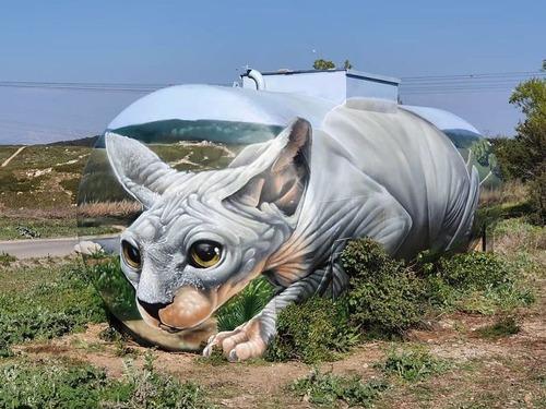 ガソリンタンクに猫の絵01