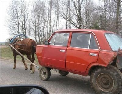 変な車02
