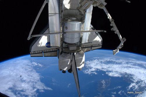 スペースシャトルの裏側03