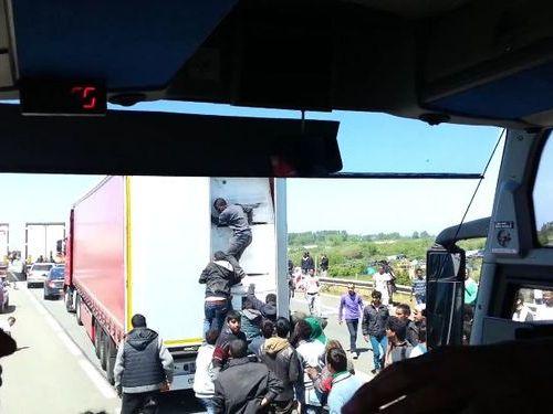 フランスの違法移民02