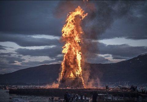 ノルウェーのかがり火04