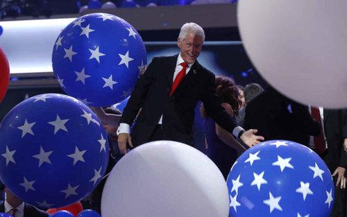 ビル・クリントンはバルーンが大好き12