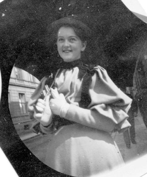 19世紀の隠しカメラ写真07