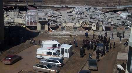 カザフスタンのアパート倒壊03