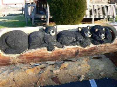 チェーンソーで木彫り13