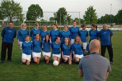 ミニスカート採用で人気沸騰…オランダの女子サッカー09