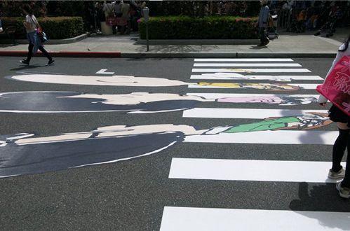 ドライバーに徐行させる横断歩道02