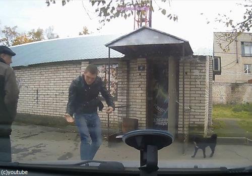 ロシアでは歩道でも左右を確認したほうがいい理由07