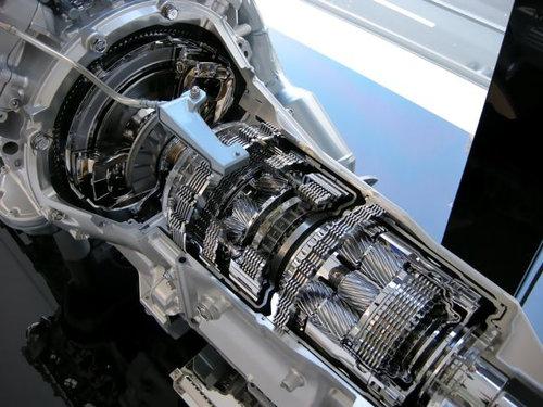 レクサス・8速オートマチックトランスミッション