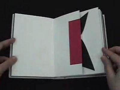 アルファベットが飛び出す絵本『Abc3d 』06