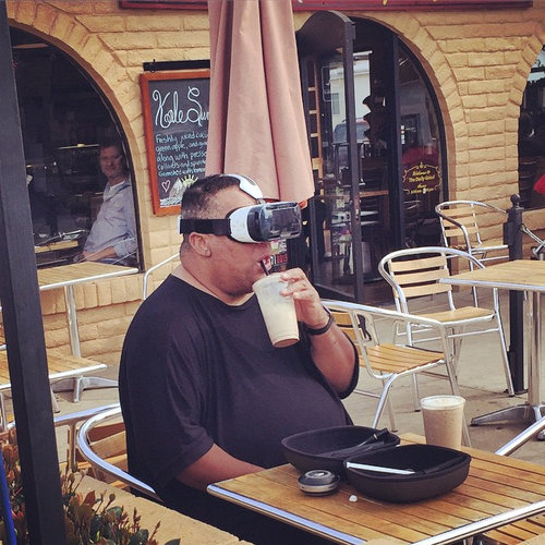 カフェで未来を目撃した01