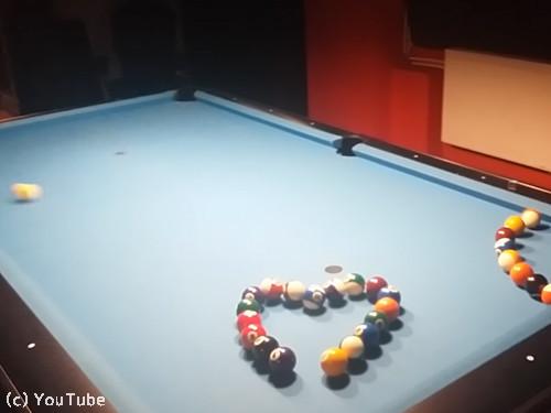ビリヤードのボールで作るのは…02
