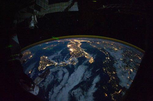 ISSから見た夜景06