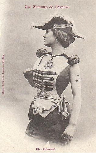 100年前に想像した未来の女性像10