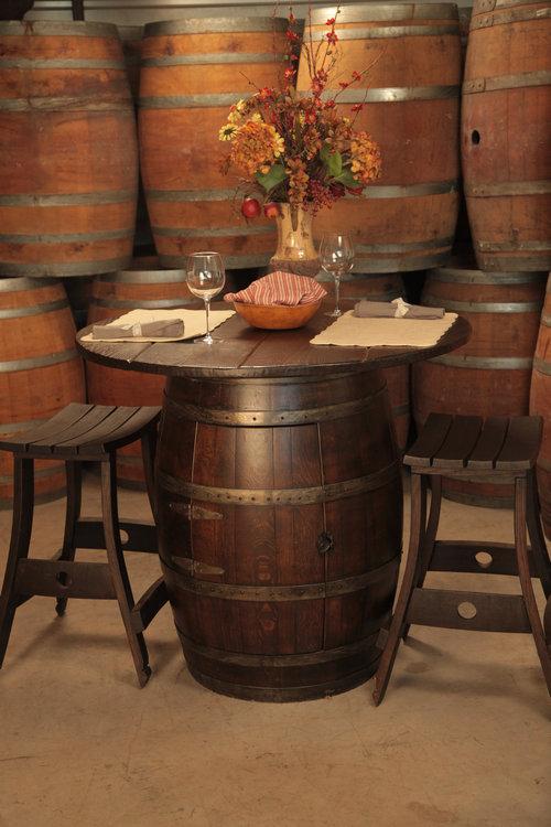 ワイン樽から作った家具09