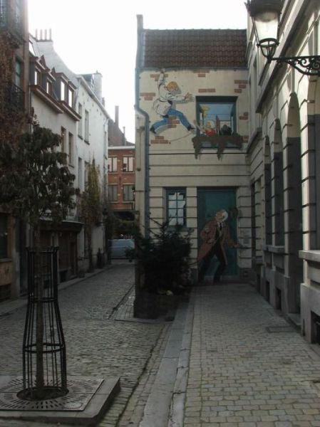 ベルギー・ブリュッセルに描かれたコミックス・グラフィティ32