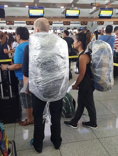 フィリピンに行く人要注意、かばんはサランラップで巻け01